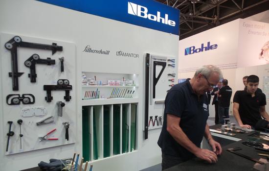 Para os vidraceiros: Glasstec mostra equipamentos essenciais