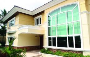 Ao trabalhar como serralheiro, um novo mercado se abre para o vidraceiro, incluindo projetos de empreendimentos comerciais (pequeno e médio porte) e residências de alto padrão