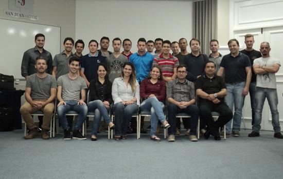 Adivipar-PR realiza curso de PPCPE, da Abravidro, em Curitiba