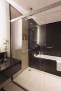 Boxes de banheiro: além de vedar o sistema, silicone acético evita a proliferação de fungos