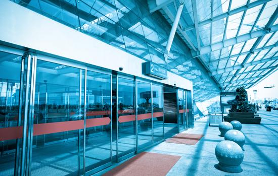 Que vidros usar em portas automáticas? A norma é clara!