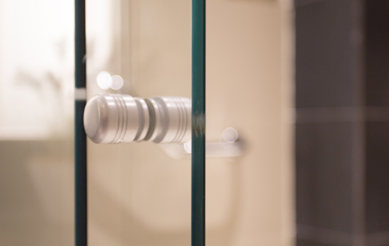 Como garantir a qualidade na instalação de vidros temperados?