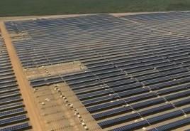 Brasil inaugura maior usina de energia solar da América Latina