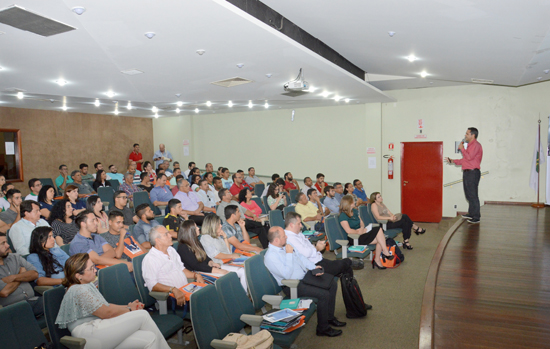 Abravid-DF encerra 2017 com palestras e confraternização