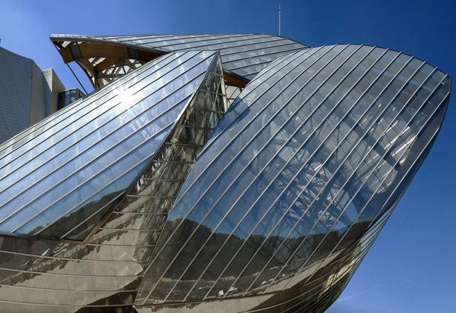 7 - Louis Vuitton (3)