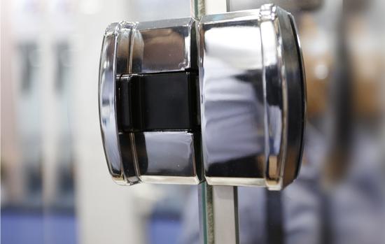 Texto de norma para ferragens para vidro entra em consulta nacional