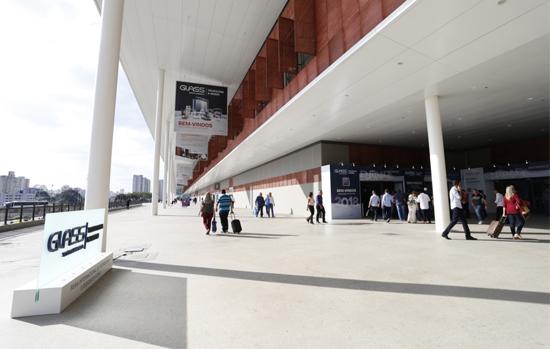 Glass South America é adiada para 2022